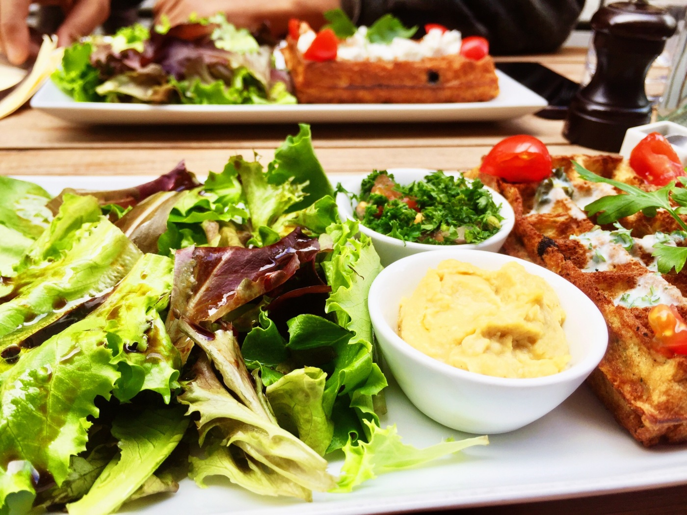 gaufrerie paris libanais houmous salade gaufre