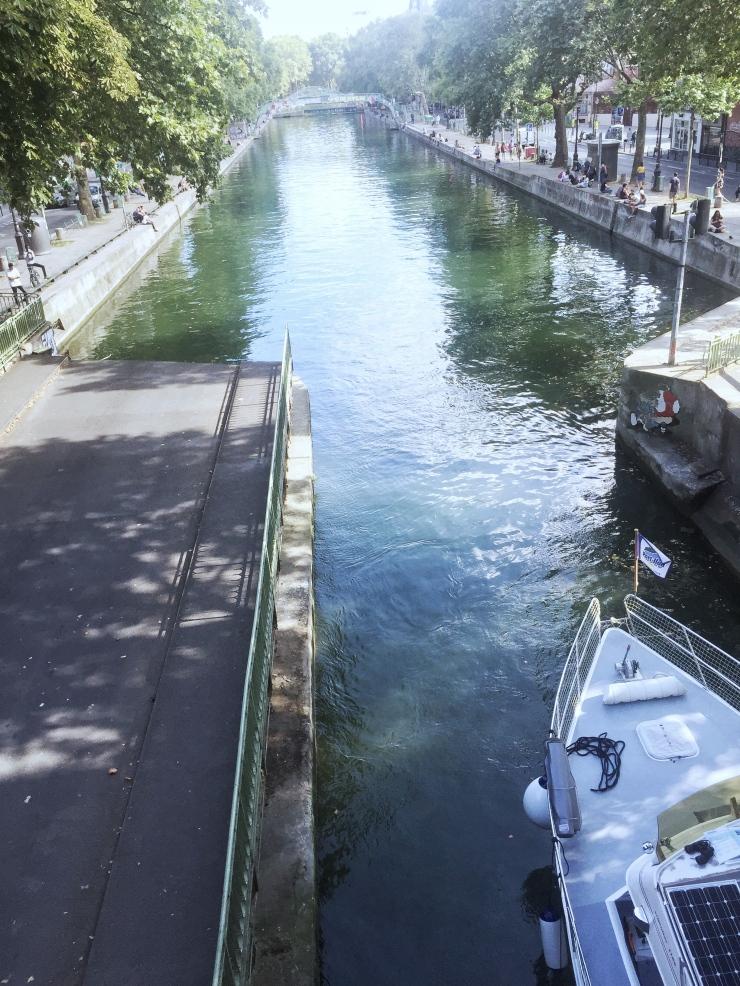4 Paris visit Canal Saint Martin