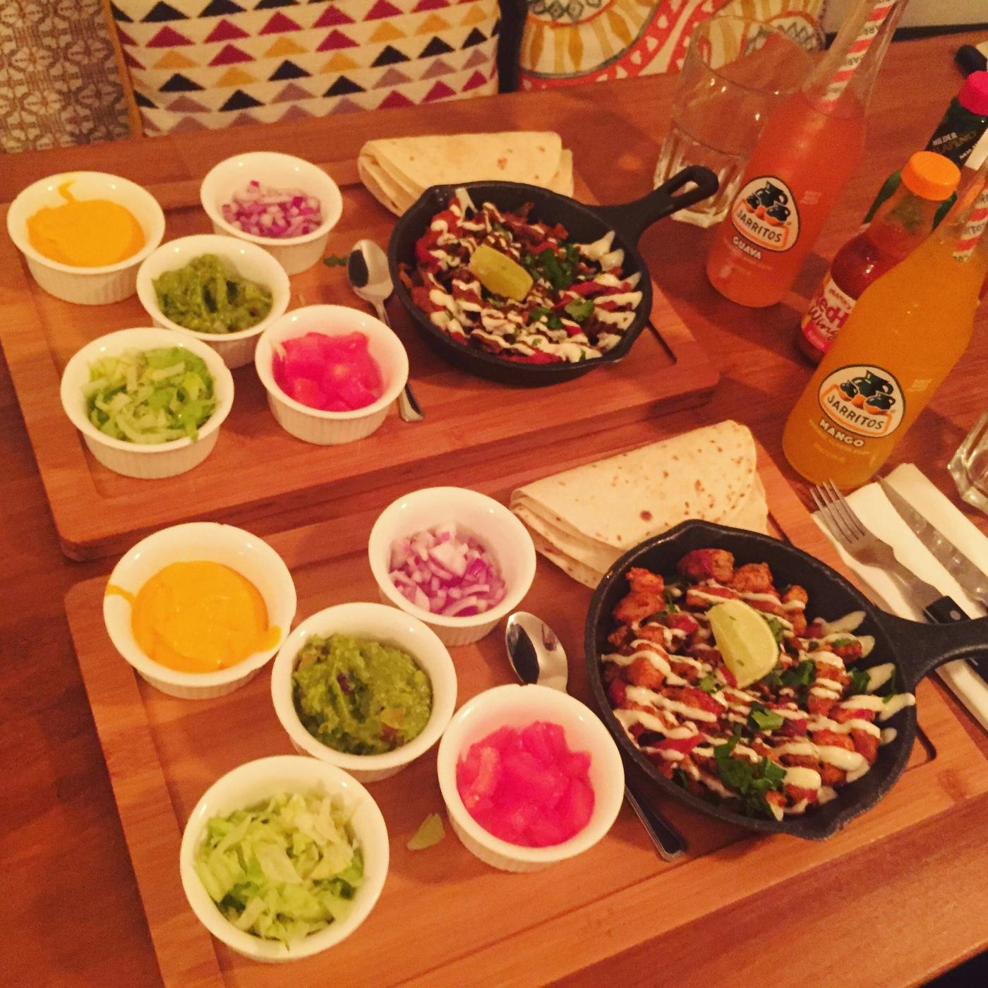 Mexican food in Paris La Frontera