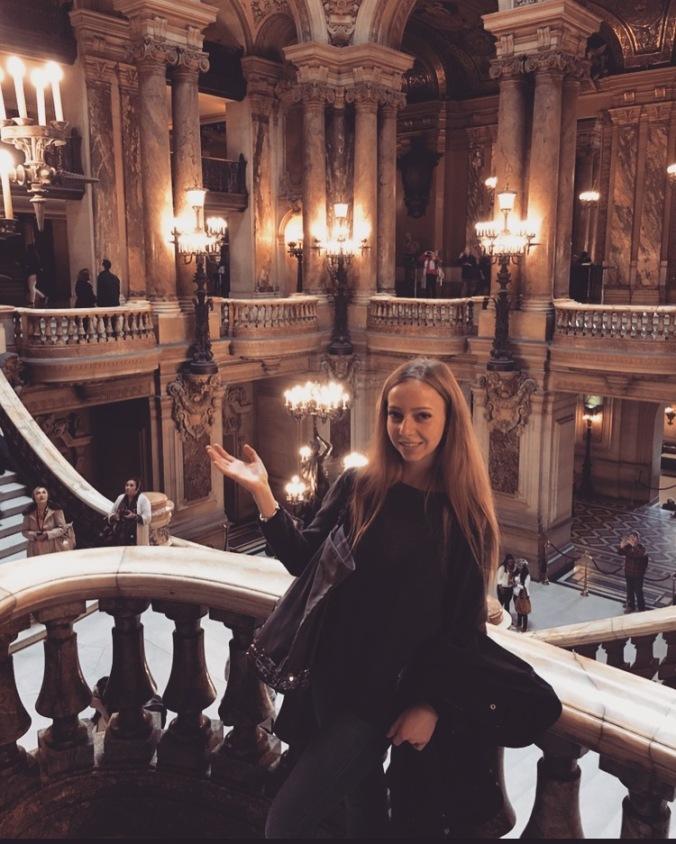 Paris Estelle