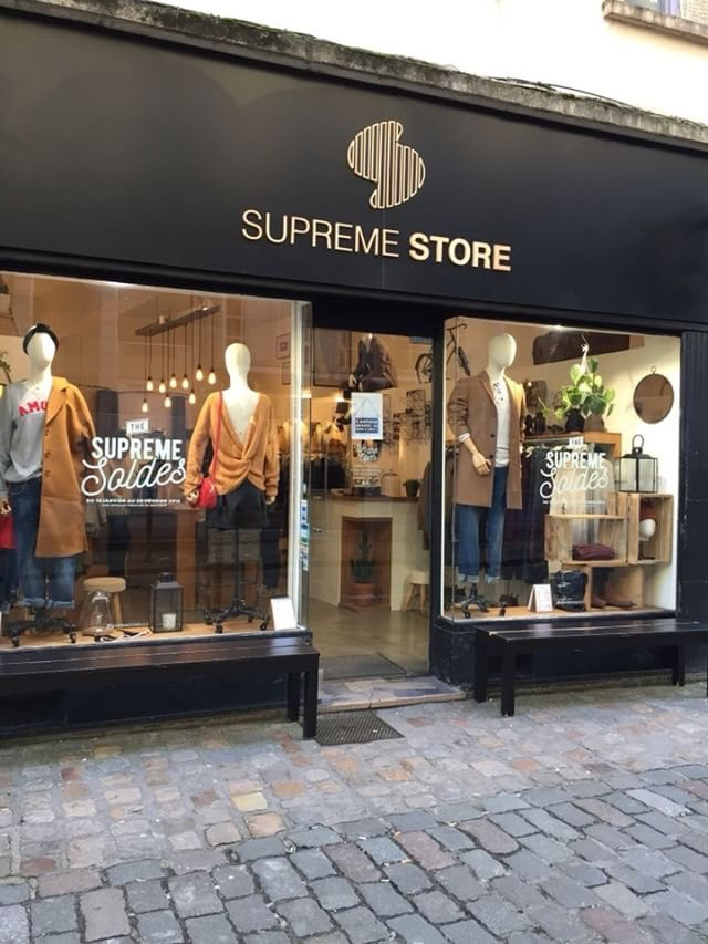 Supreme store shopping Lille